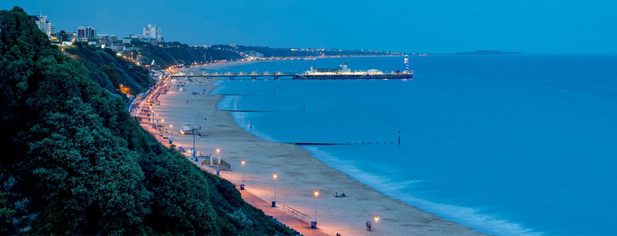 Bournemouth bei Nacht