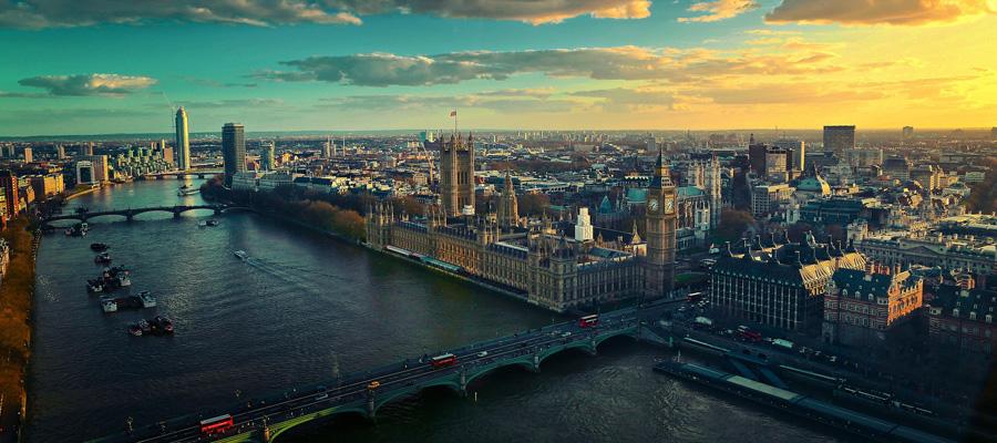 London mit Blick auf die Themse