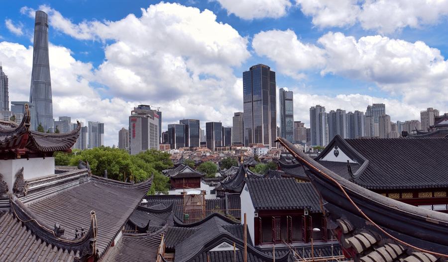 Alte und neue Gebäude in Shanghai