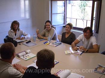 Schüler in ihrer Klasse in Florenz