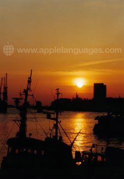 Sonnenuntergang über Hamburg