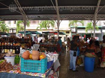 Typischer Obstmarkt