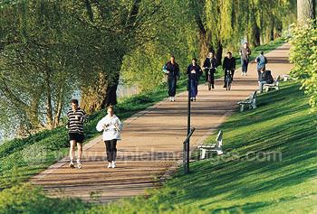 Joggen am Fluss