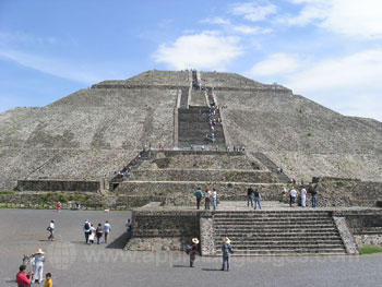 Nearby Aztec site
