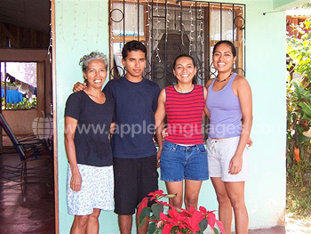 Cota Rican host family