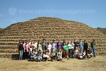 Excursion to nearby Maya site