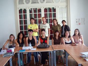 Schüler in ihrer Klasse