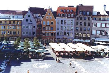 Markt auf dem Hauptplatz in Augsburg