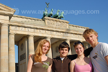 Students visiting Brandenburg Gate