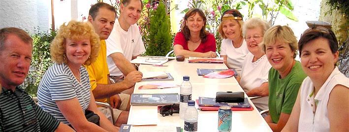 Ältere Sprachschüler in Nerja