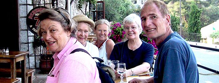 Ältere Sprachschüler in Nizza