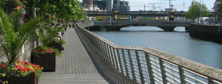 Uferpromenade in Dublin