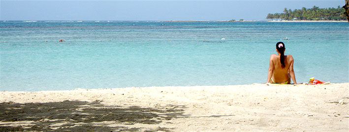 Ruhiger Strand in Guadeloupe