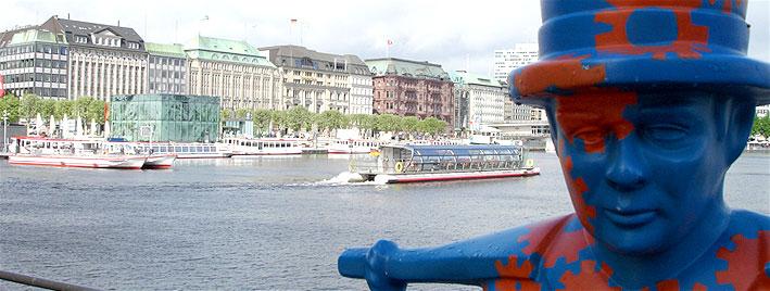 Hamburg Binnenalster und Statue