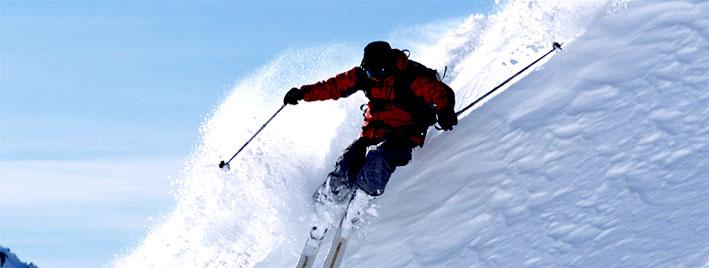 Skiabfahrt in Kitzbühel