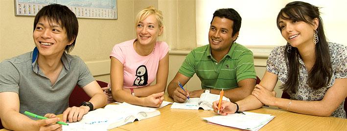 Schüler lernen Englisch in London