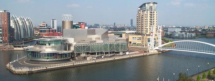 Luftbild von den Quays in Manchester