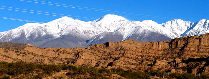 Schneebedeckte Berge in Mendoza