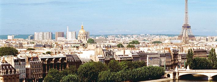 Blick auf Paris mit dem Eifelturm