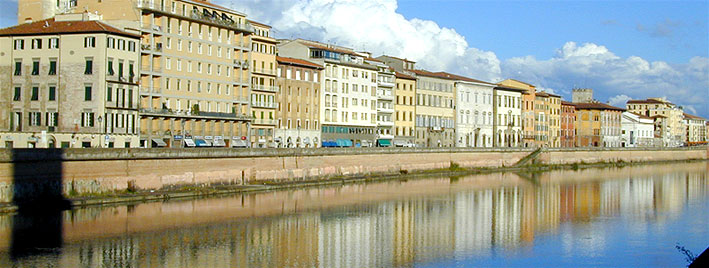 Fluss Arno in Pisa