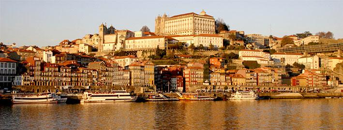 Blick auf den Duero in Porto