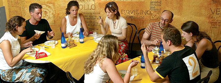 Schuleigenes Café in Rom