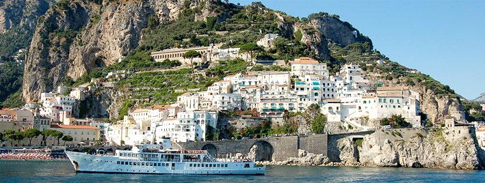 Schiff und Salerno