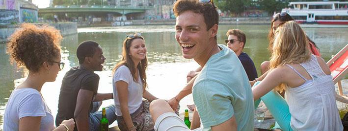 Freunde bei einem Deutschkurs in Wien finden