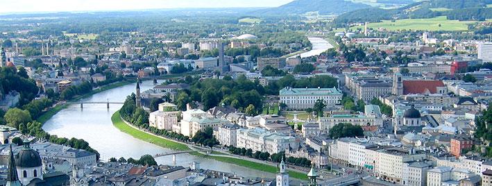 Blick auf die Donau und Wien