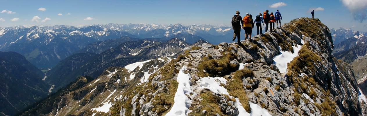Lernen Sie Deutsch und wandern Sie in den Alpen Österreichs