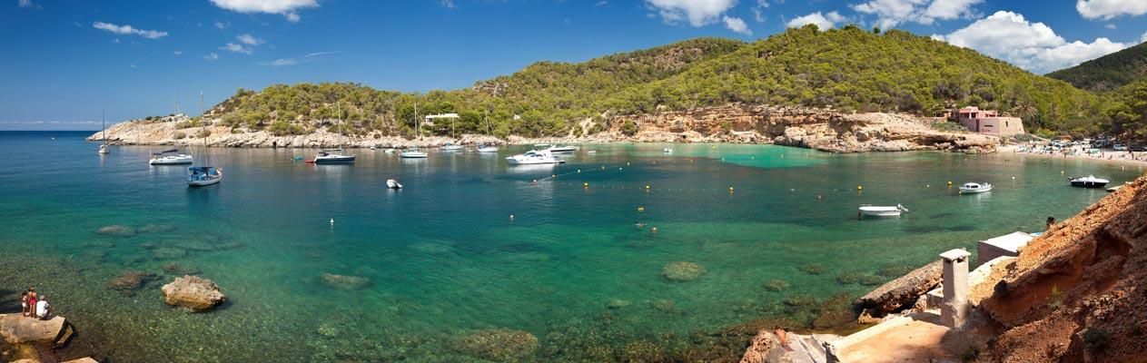 Bucht in Ibiza, Spanien